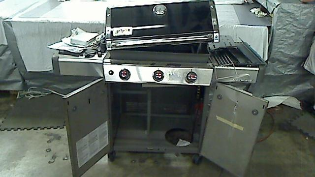 weber genesis e 310 3 burner propane gas grill in black tadd. Black Bedroom Furniture Sets. Home Design Ideas