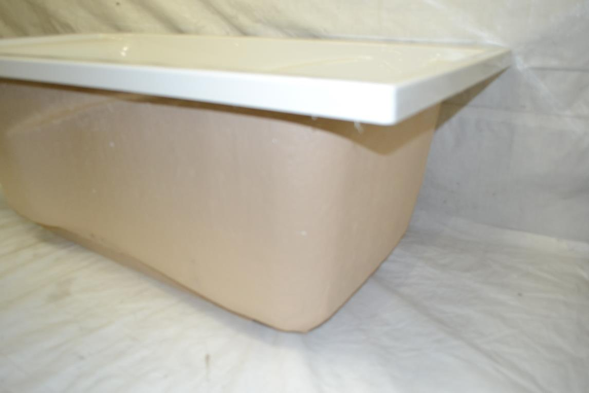 standard evolution deep soak bath tub 5 ft x 32 tub only