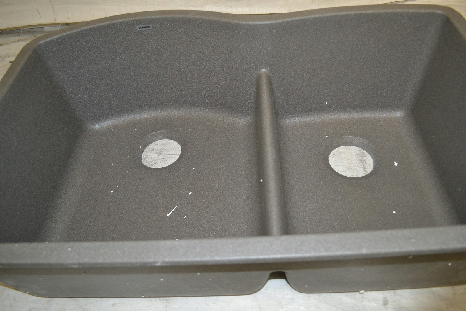 Double Kitchen Sink With Low Divider