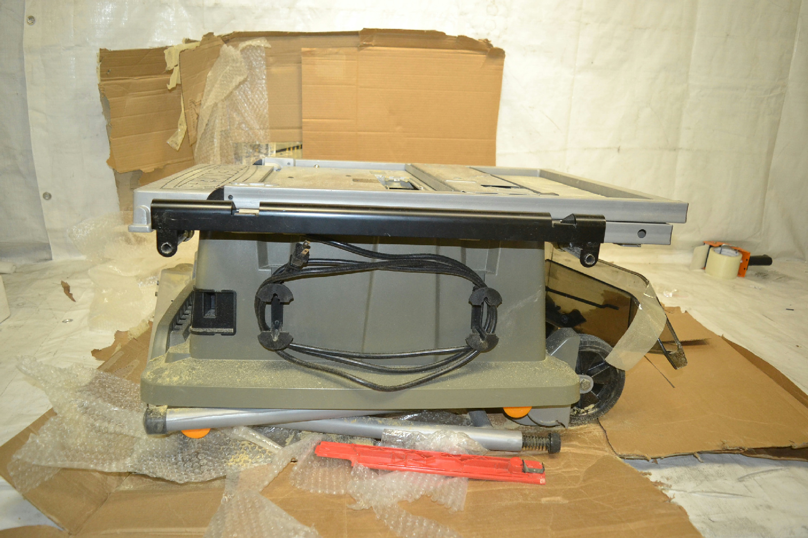 Rockwell rk7240 1 13 amp 10 inch table saw with stand ebay for 13 amp table saw