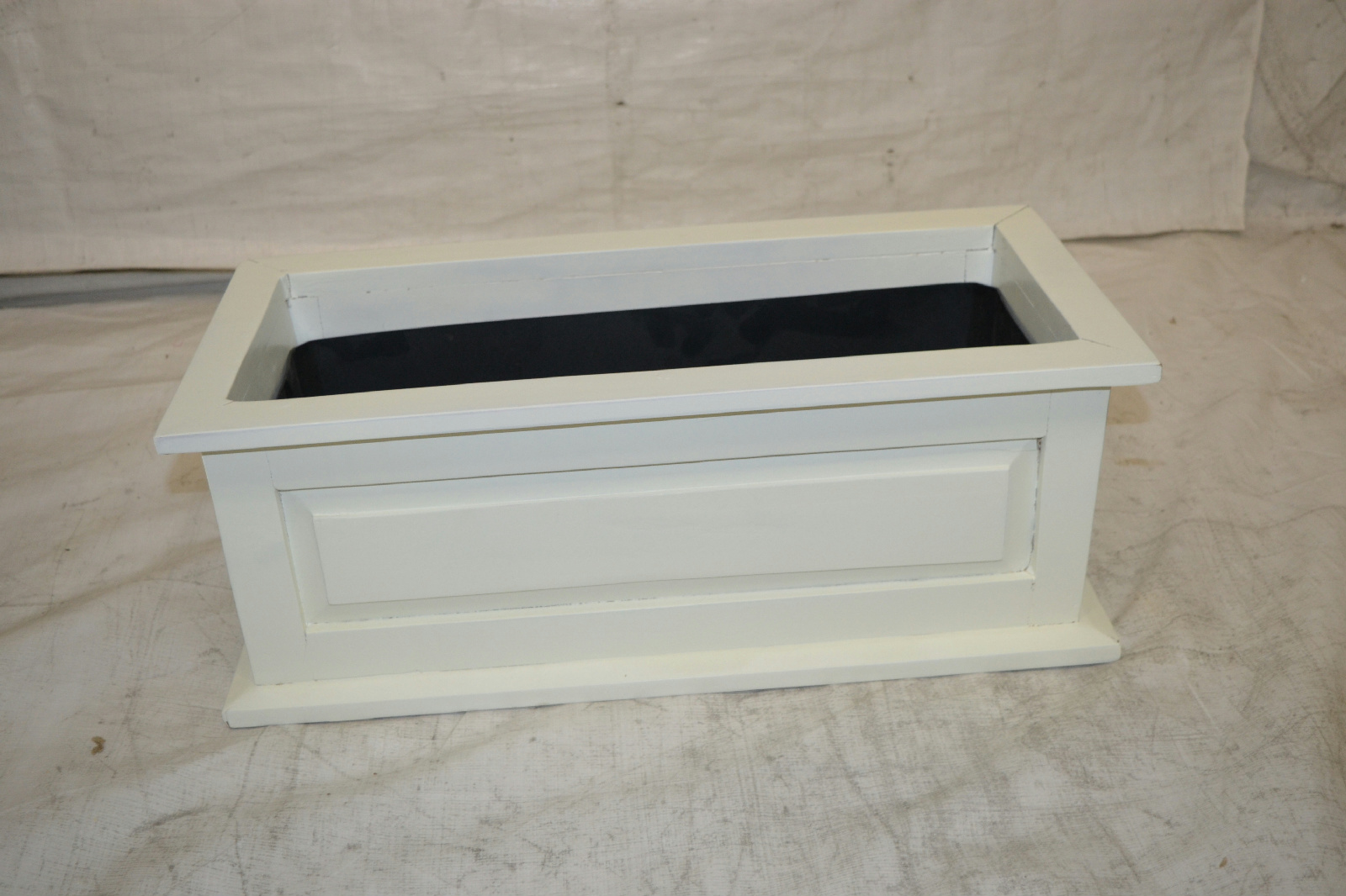 dmc products savannah 24 inch solid wood window box white ebay. Black Bedroom Furniture Sets. Home Design Ideas