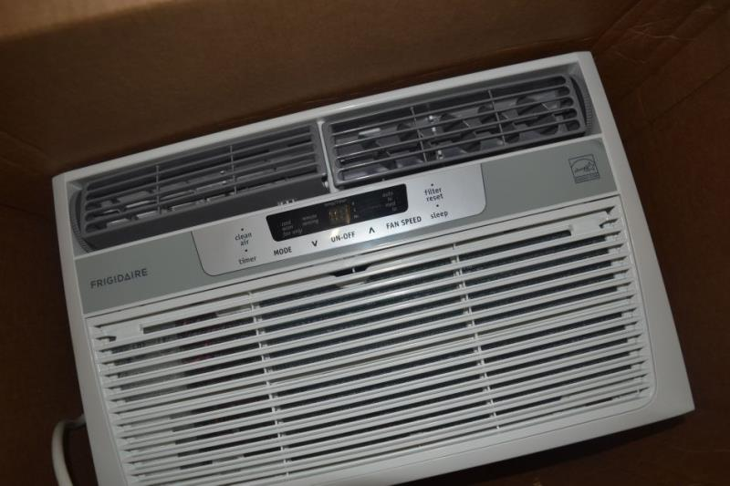 Frigidaire fra126cta 12 000 btu window air conditioner ebay for 12 000 btu window air conditioner